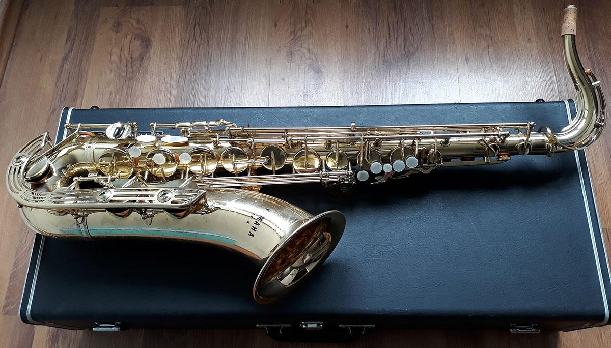 Yamaha YTS-61 Tenor Saxophone (Purple logo) - (3)